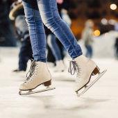 Где в Москве можно покататься на коньках?