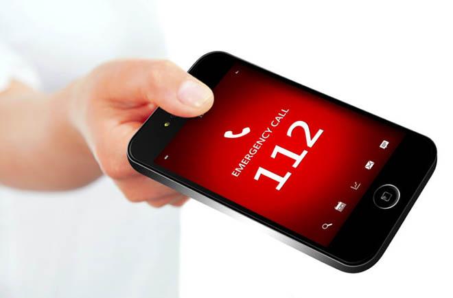 телефон с номером 112